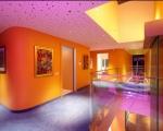 orange-house-12-1-800x552