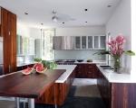 1283264141-14-spg-kitchen