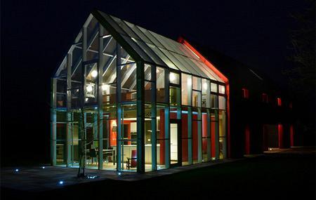 slidinghouse01