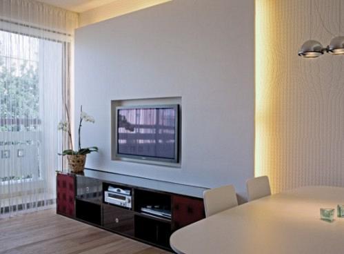 red-white-apartment-decor-7-554x408