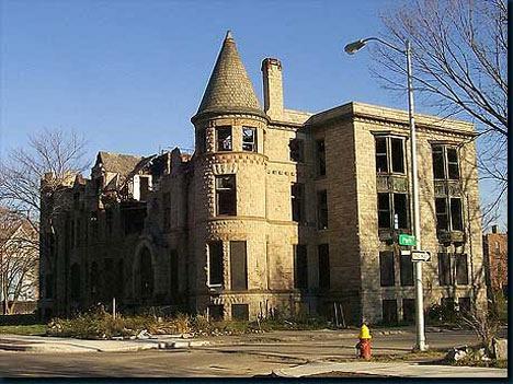 abandoned-detroit-houses-3