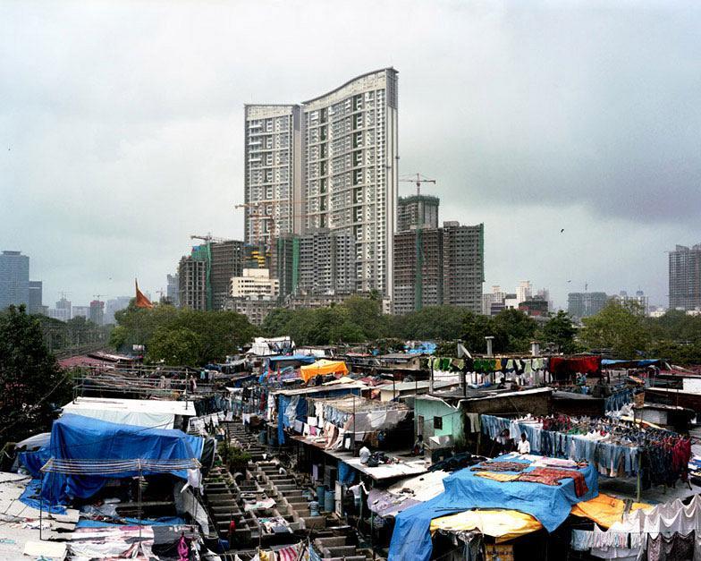 mumbai_skyscraper_by_alicja_dobrucka_dezeen_16