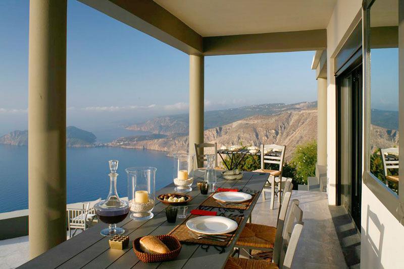 kefalonia-myrtos-beach-villa-11