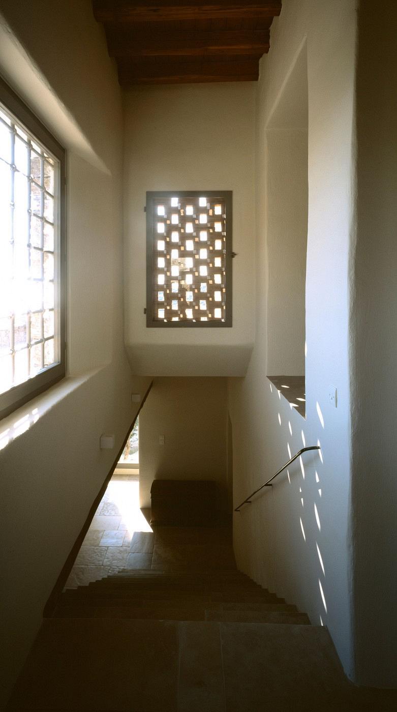 syros-house-09-1-781x1400