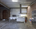 industrial-loft-in-downtown-barcelona-3