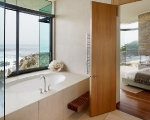 bathroom-bedroom-with-oceanfront-view