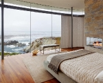 master-bedroom-with-oceanfront-view-of-pacific