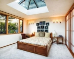 bedroom-skylight