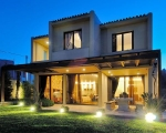 greek-country-side-house-front