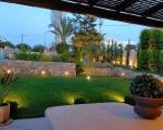 greek-country-side-house-garden
