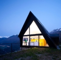 extraordinary-house-design-with-extraordinary-views-of-pyrenees-2