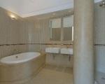 concrete-bathroom-luxury-loft-nyc-soho