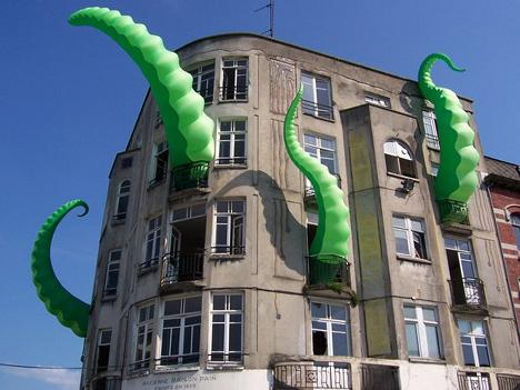 tentacle-building