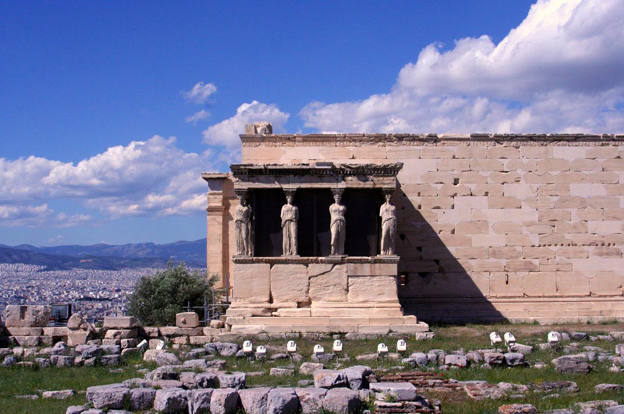 Acropolis_karyatides02